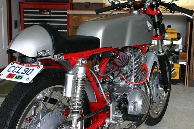 customer restorations honda scrambler cl77 superhawk cb77 1964 Honda 305 Scrambler mike peiper shares some excellent photos of his 1965 honda 305 dream restoration